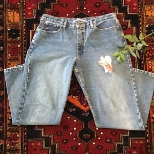 Women's pre-owned Tommy Hilfiger Jeans. Size 14.